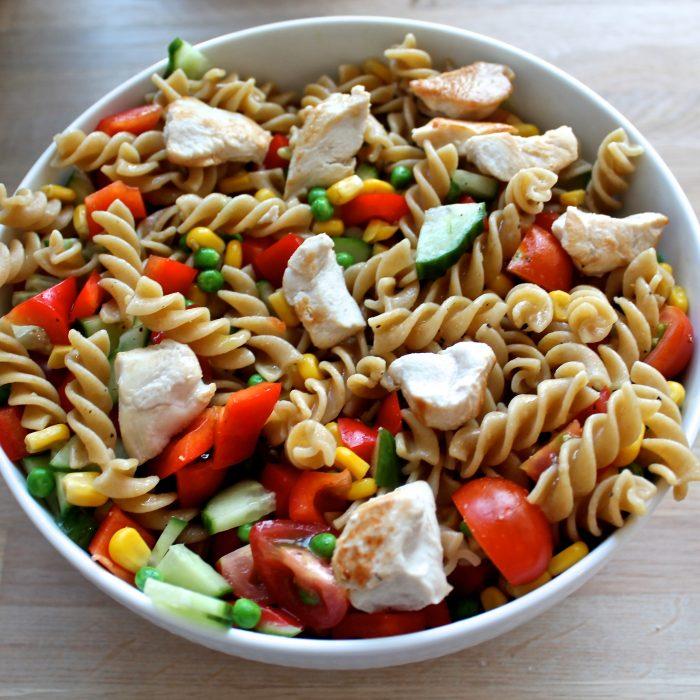 pastasalat med kylling