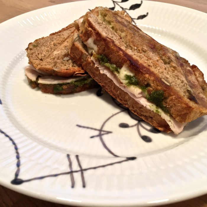 kylling-pesto sandwich
