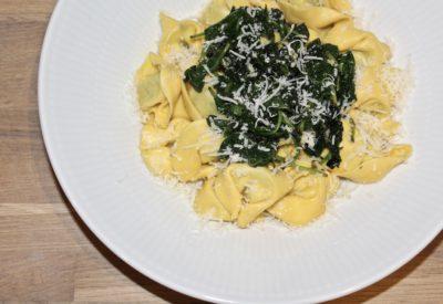 Tortellini med spinat